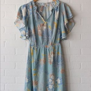 Romantic V neck flower dress never used w/tags